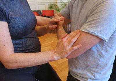 Push Hands 2 / Sensing Hands 2